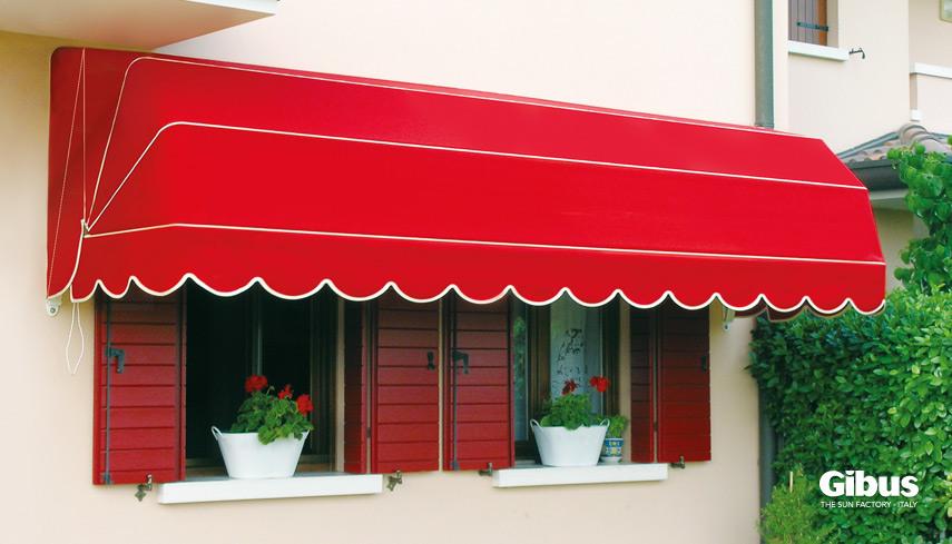 Cappottine su misura per vetrine, balconi e finestre ...
